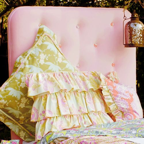 Pink Tufted Twin Bed