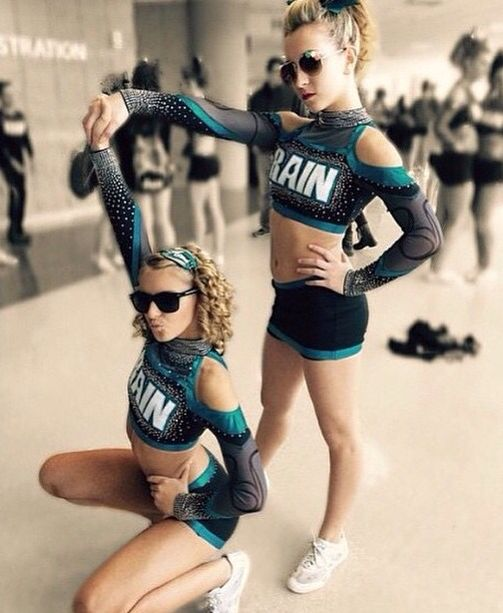 Cheerleading competition pic ideas