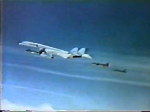 ▶ XB-70 Valkyrie Mid-air collision June 8, 1966 - YouTube