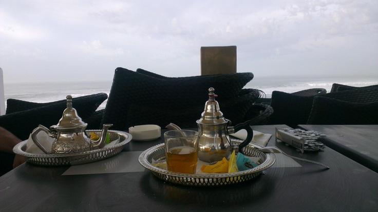 Fas'ın okyanusa nazır içilen geleneksel bitki çayı.