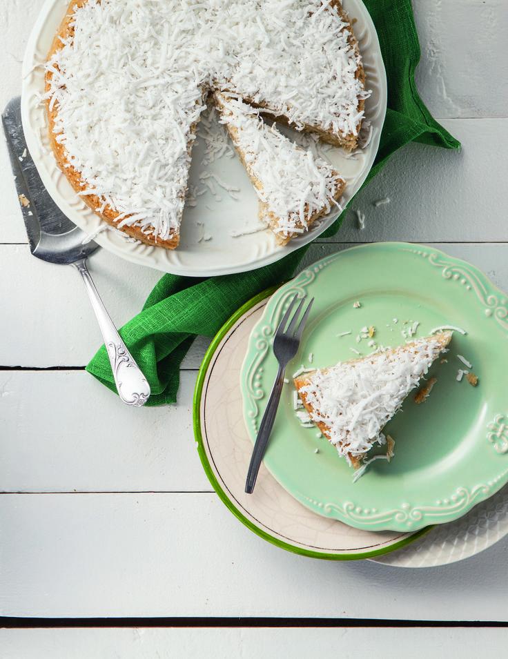 Este bolo de aipim e coco é saudável e irresistível