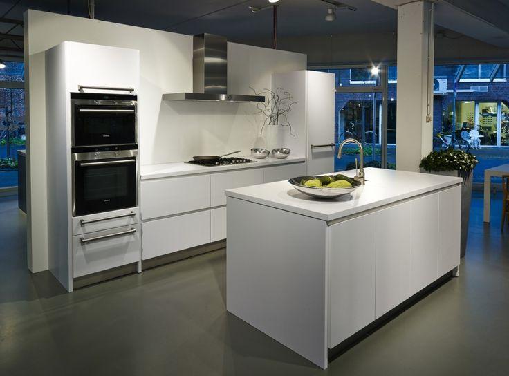 7 best New Nobilia LINE N range images on Pinterest Kitchen - nobilia küche erweitern