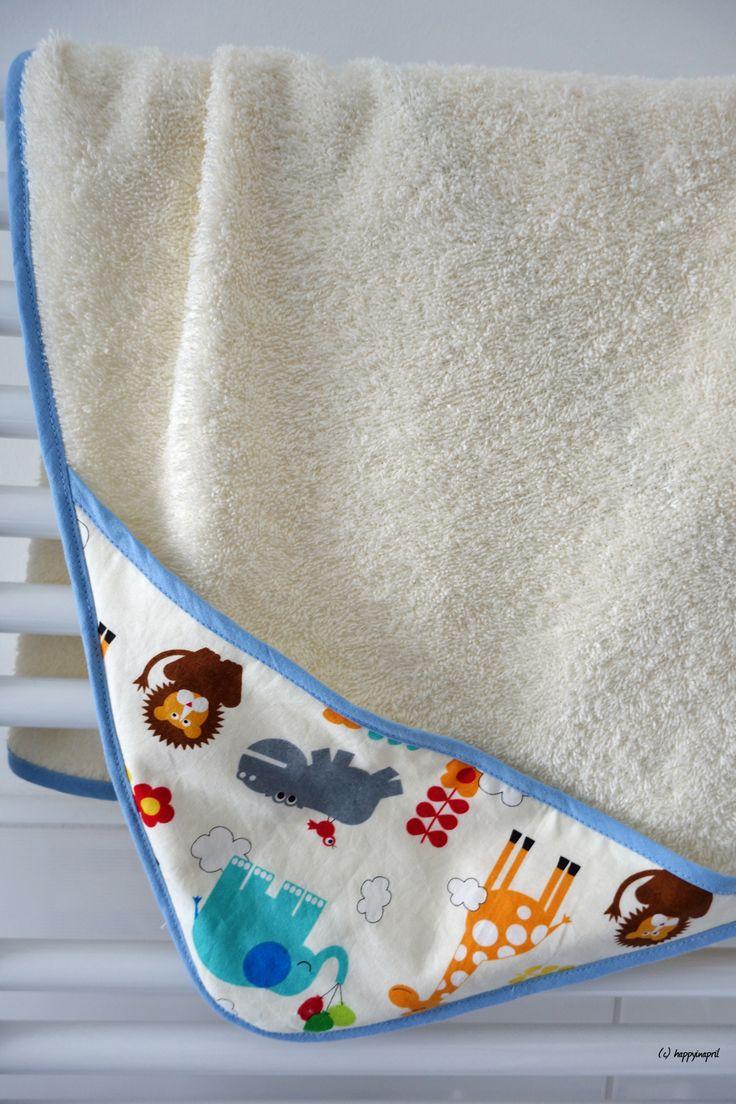 babybadetuch mit kapuze n hen baby n hen n hen baby. Black Bedroom Furniture Sets. Home Design Ideas