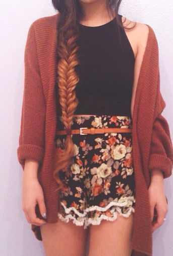 Grunge, Hipster, Indie Fashion. whole outfit hair to shorts is perfect I love it. #hipsteroutfits