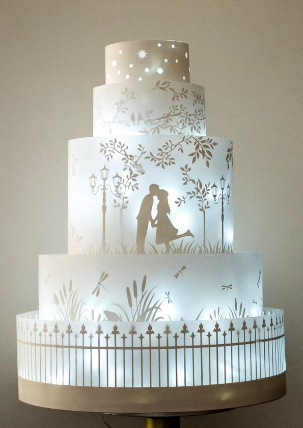 The Midnight Garden cake lights up