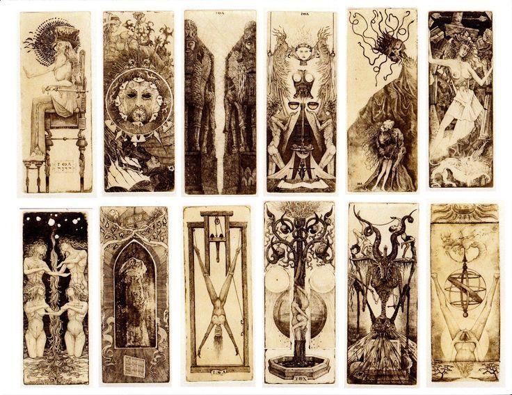Chosen cards from an unknown to me, antique Tarot deck Wybrane karty nieznanej mi, starej talii kart Tarota.