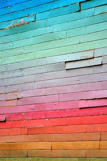 what a gorgeous rainbow wall
