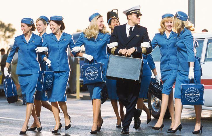La guía definitiva de prendas y accesorios que jamás deberás usar cuando viajes en avión. Toma nota y evita contratiempos.