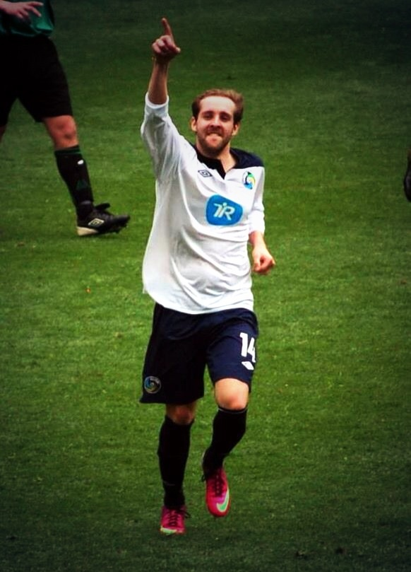 Needham netting the winner at St James' Park #Cosmos #NUFC