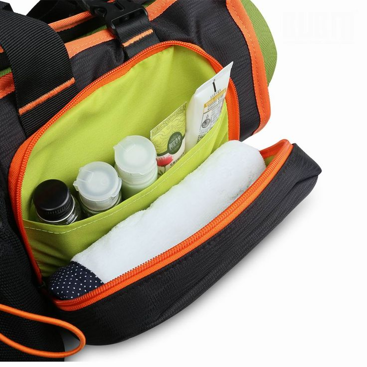 yoga bag with zippered pockets