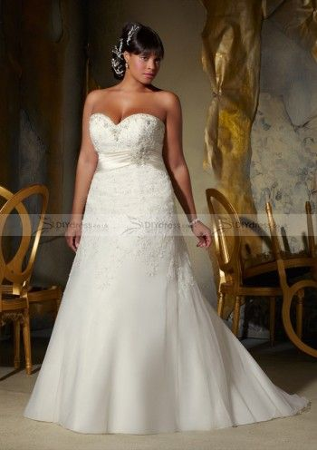 A-line Strapless Sweetheart White Lace and Organza Beads Saches Appliqued Plus Size Bridal Gowns (10100473)