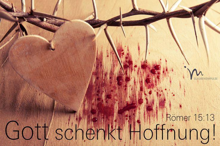 """""""Deshalb wünsche ich für euch alle, dass Gott, der diese Hoffnung schenkt, euch in eurem Glauben mit großer Freude und vollkommenem Frieden erfüllt, damit eure Hoffnung durch die Kraft des Heiligen Geistes wachse."""" Römer 15:13 #römer #roemer #römer15 #roemer15 #gott #jesus #hoffnung #freude #friede #heilig #heiliger #geist #heiligergeist #zukunft #sicherheit #zufrieden #paulus #glaube #glaubensimpulse #bibel #bibelvers"""