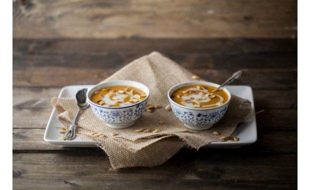 Soupe de potiron, curry et noix de coco