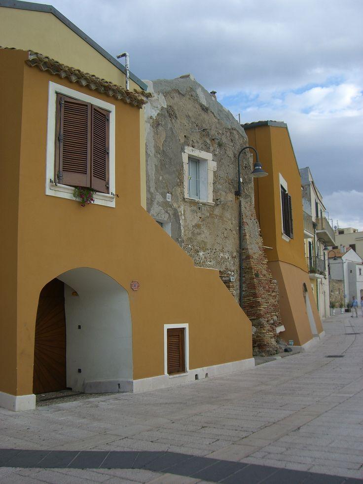 Termoli - Per le vie del Borgo Antico. By Stefania Antonelli