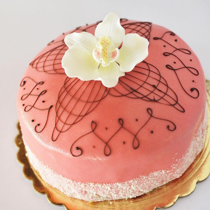 market+basket+princess+cak | Nugget Markets in Davis Now Offers Ettore's Award-Winning Cakes