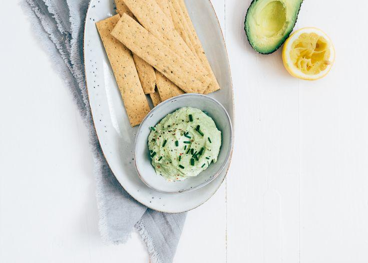 Avocado, avocado, avocado. Je vindt ze overal en wij maakten er een lekkere avocadospread van. Want we zijn dit groene juweeltje nog lang niet zat.