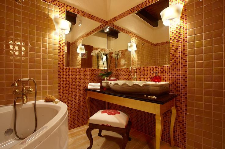 Villa Euphoria Rethymno Crete  Bathroom  http://www.villa-crete.gr/