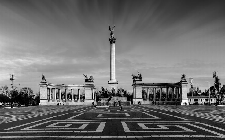Hero's Square - The famous Hero's square in Budapest, Hungary