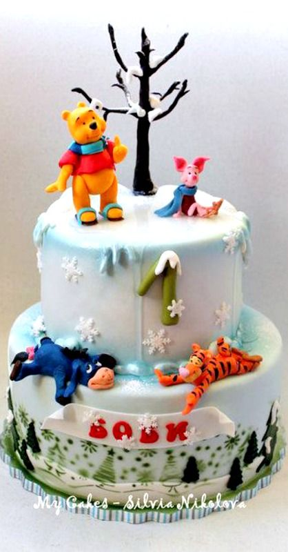 I SO WANT THIS FOR MY BIRTHDAY. It has two things I love: winter and Pooh Bear and Friends