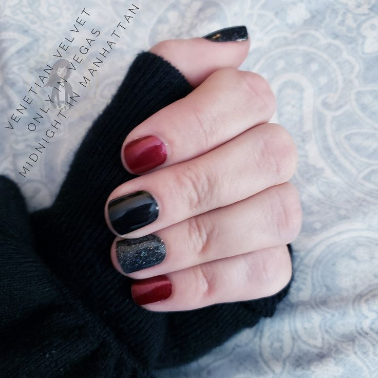 Christmas Nails On Black Hands: Wine And Black Nails