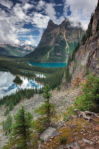 Mary Lake and Lake O'Hara with Wiwaxy Peaks, Yoho National Park, British Columbia, Canada