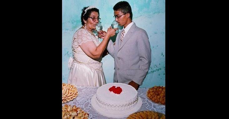 Site reúne fotos de família capazes de envergonhar qualquer geração;Fotos esquisitas -  site Awkward Family Photos