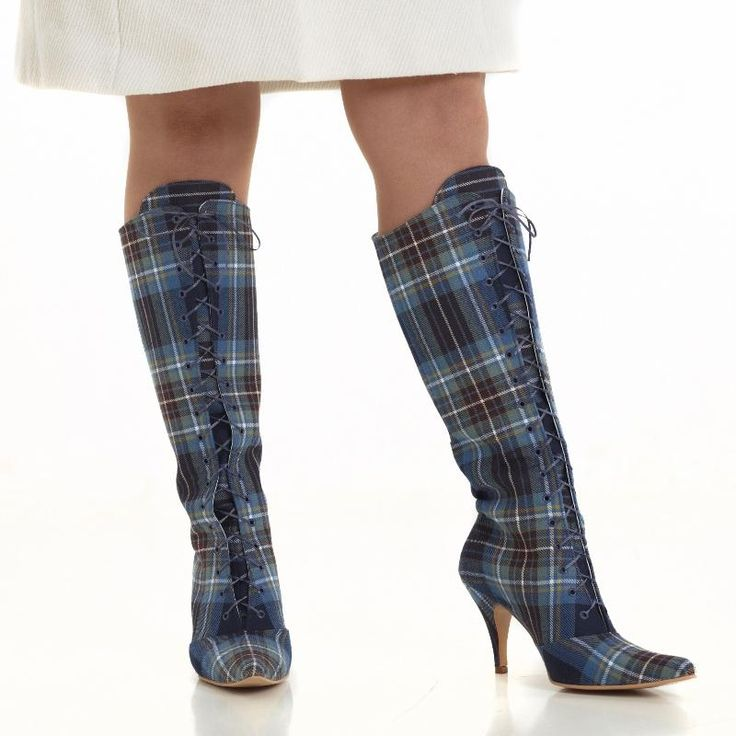 Tartan boots from Lee for our #whoseshoes Scotland tour!