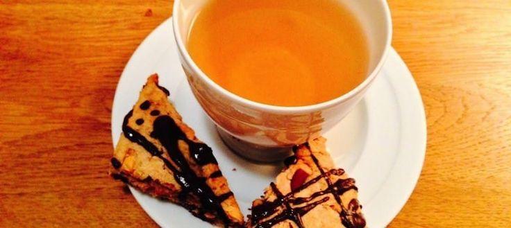 Gesundes Rezept für Schoko-Scones ohne Zucker. Perfekt für Kinder und eine bew…