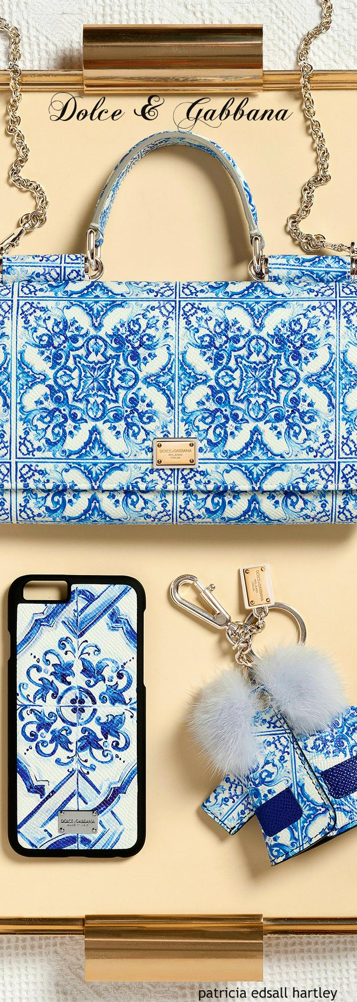 Dolce  Gabbana - Winter 2016 LOve.... Like antique transferware. Cell Phones & Accessories - Cell Phone, Cases & Covers - http://amzn.to/2iNpCNS