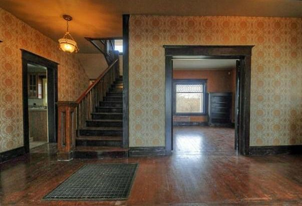 """The """"August: Osage County"""" Farmhouse in Oklahoma - Hooked on Houses"""