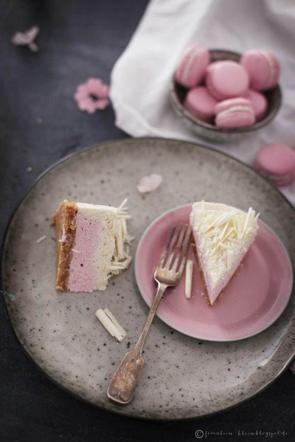 Fräulein Klein : Frohe Ostern • weißer Schoko No-Bake-Cheesecake mit Himbeerkern und Macadamias