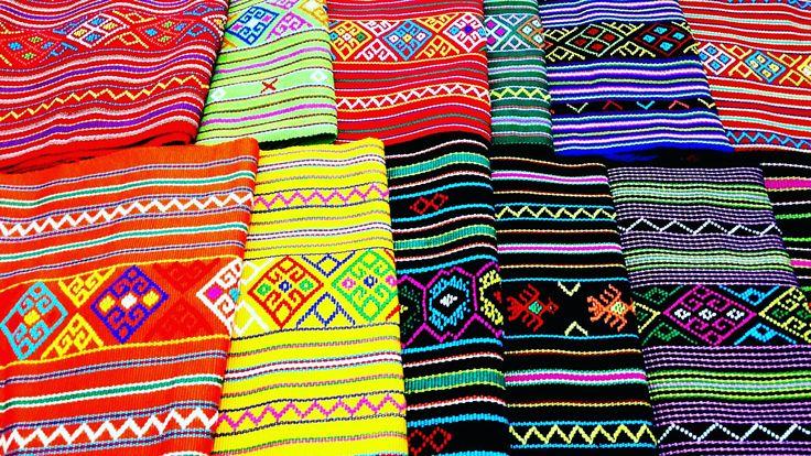Selendang Morif Buna - uk. 110 x 25 cm an WA : 081319631083  #tenuntimor #tenunntt #bunainsana #fashion #etnik #culture #tastenun #bajutenun