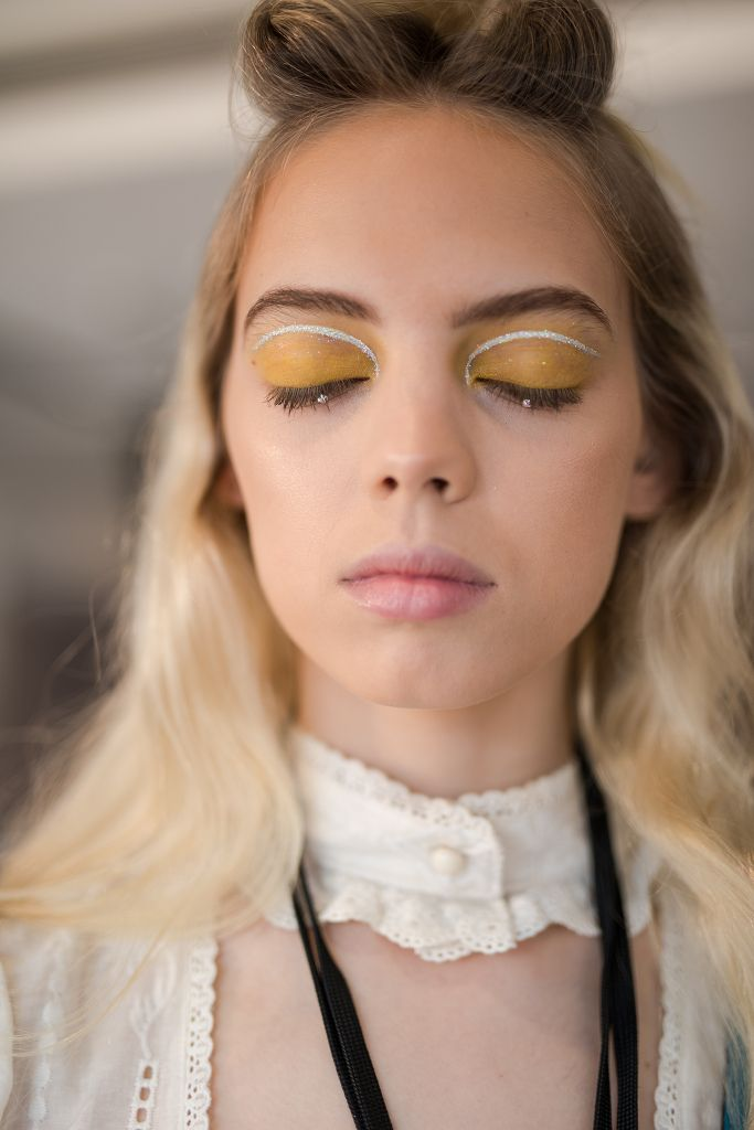 The Spring 2020 Makeup Looks You Need To See From The Runways Of