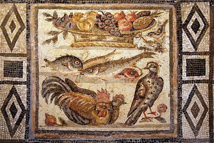 Mosaico pavimentale raffigurante uccelli, pesci e cesto di frutta. Opus vermiculatum, I secolo a.C. – I secolo d.C., Grotte Celoni, Museo Nazionale Romano di Palazzo Massimo - See more at: https://ilcalicediebe.com/tag/romani/#sthash.wsGZr8qB.dpuf