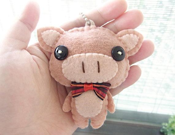Felt Keychain   stocking stuffer   cute by WELOVESTITCHES on Etsy