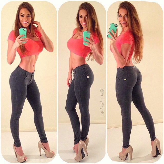 Emily Skyle Freddy Jeans