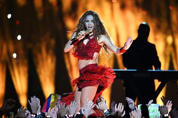 Best Super Bowl Halftime Show Ever Shakira And J Lo Have Fans Raving Newsweek Shakira Celebrities Super Bowl
