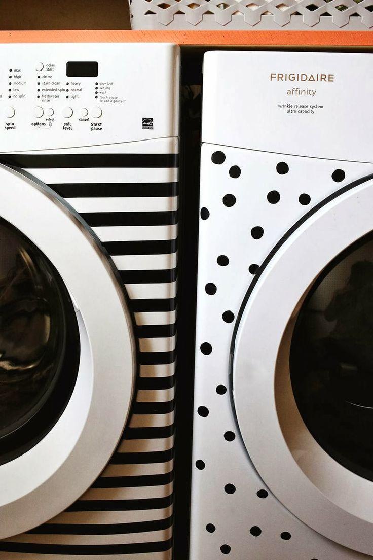 Kreatív fürdőszoba: vidám mosógéppel