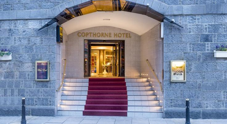 Copthorne Aberdeen Hotel Aberdeen The Copthorne Aberdeen Hotel is located in the city centre, within 10 minutes' walk of the main shopping area. It has a Grill restaurant, bar and modern rooms with satellite TV.
