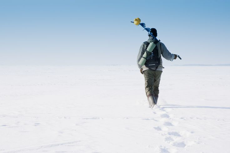 Klaar met ijsvissen. #Finland