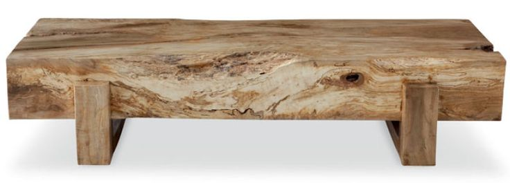 Reciclagem com estilo - Uma tora de canela reaproveitada serviu de matéria-prima à mesa de centro Leblon (1,50 m x 70 cm x 30 cm*), de Monica Cintra, à venda por 7,8 mil reais.