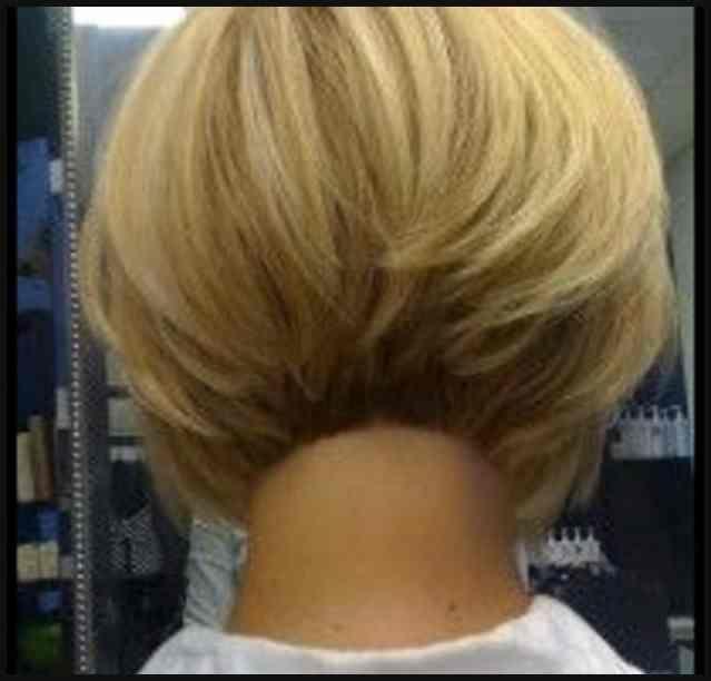 Kurze Bob Frisuren Mit Kurzem Nacken Haarschnitte Und Frisuren Einfache Frisuren Short Bob Hairstyles Hair Styles Hair Lengths