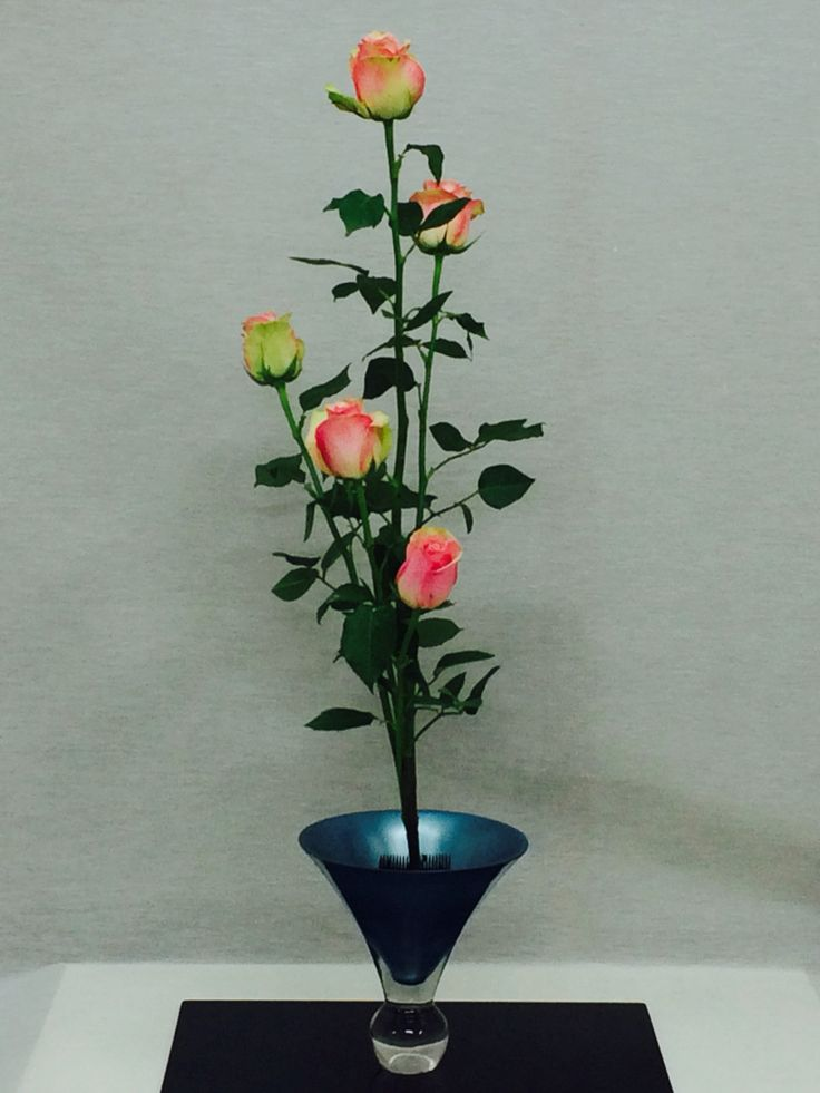 Shouka style with roses from Kenya