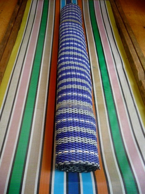Plastic Woven Floor Mat Retro Style Beach Hut New 163