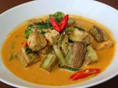 Anda mau tahu sensai masakan sayur lodeh betawi yang pedas dan gurih, makanya masuk sini dulu.