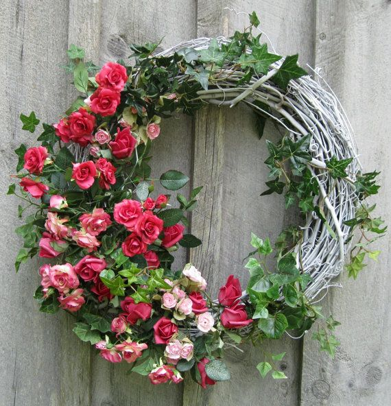 Nantucket Summer Cottage Roses Wreath by NewEnglandWreath on Etsy, $99.00