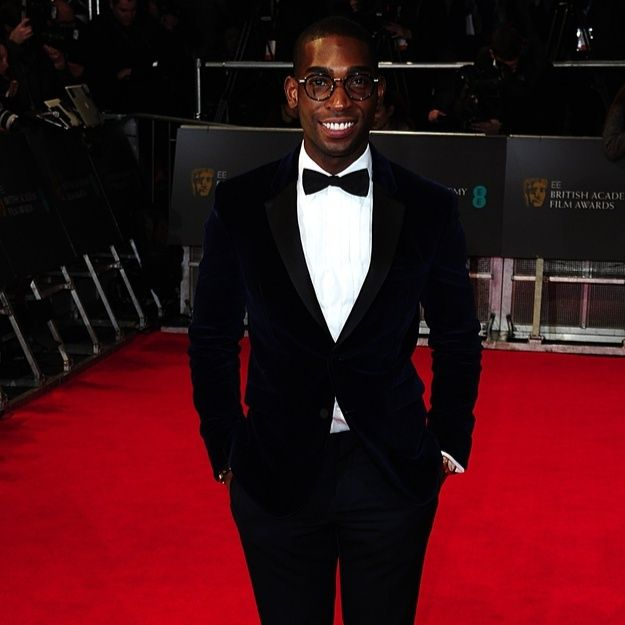 Style icon of the week: Tinie Tempah looking seriously suave in this blue velvet suit #jonathandafrica #jonathand #tinietempah #style #baftas2014 @tiniegram