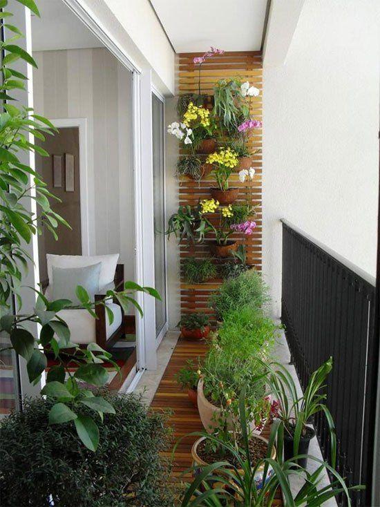 ¡Sácale el máximo partido a tu balcón! Llega la primavera, las ganas de sol y de aprovechar el tiempo al aire libre.