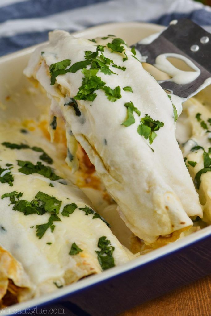 These Sour Cream Chicken Enchiladas Are Good To The Very Last Drop Of Sauce On Your Plate Your Family Wil In 2020 Sour Cream Chicken Enchilada Ingredients Sour Cream