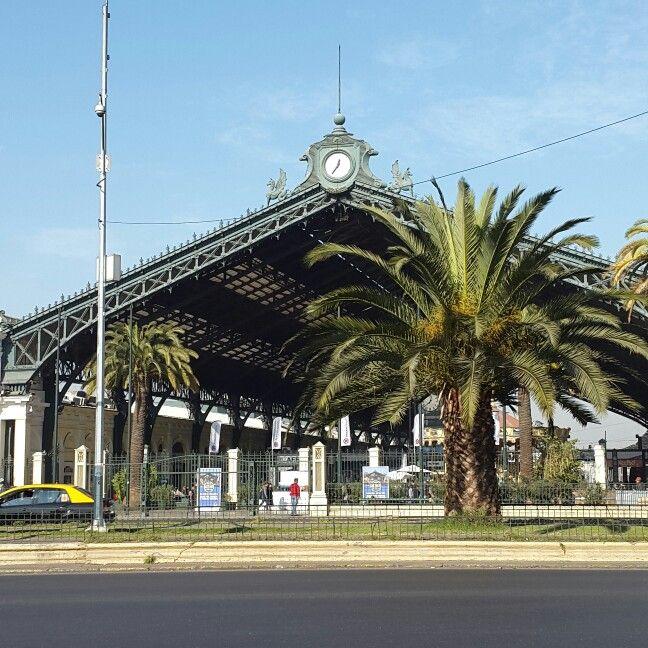 Estación Central de trenes.  Santiago de Chile.
